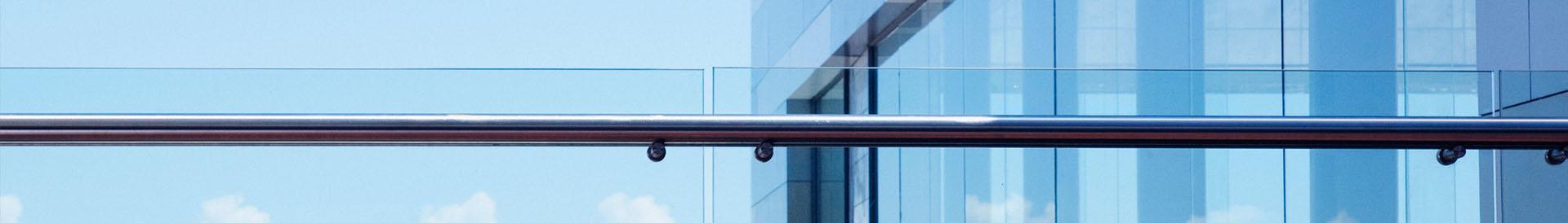 szklana balustrada - Banner